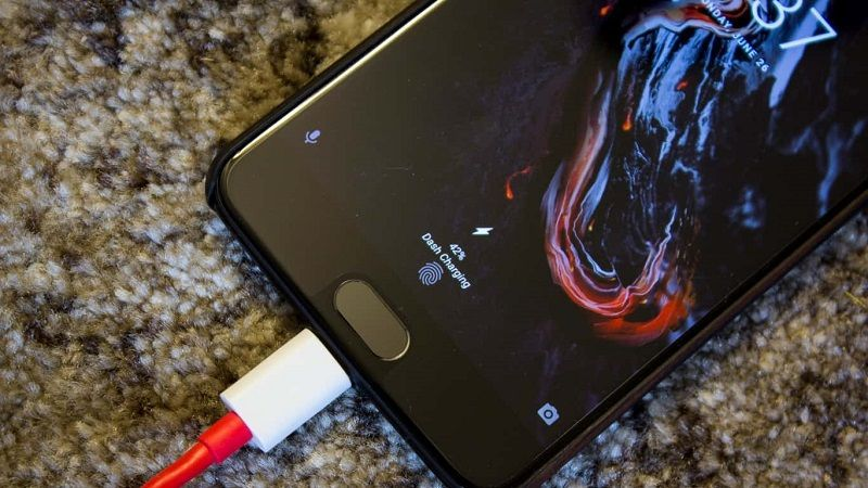OnePlus 5 Dash Charge